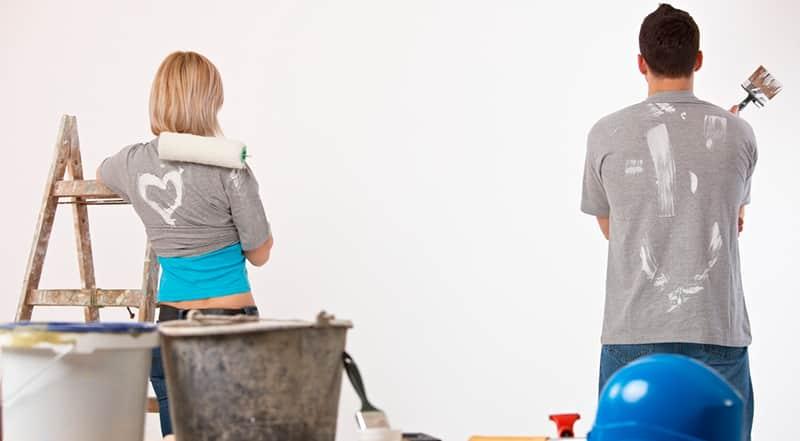 ¿Cómo quitar las manchas de pintura de vinilo de la ropa?